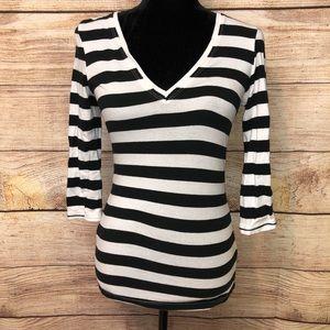 bcbgmaxazria striped long sleeve vneck shirt